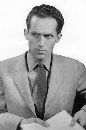 """Hans Bergel, Lesung nach der Preisverleihung """"Fürst und Lautenschläger"""", 1956, Bukarest"""